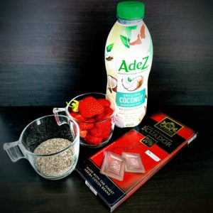 Ingredience chia puding